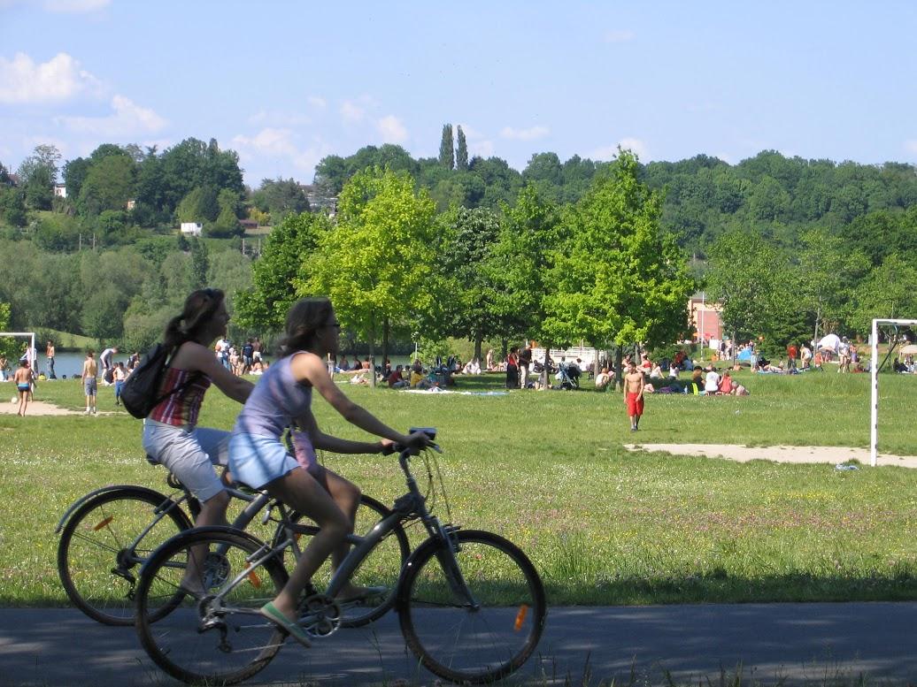 Tour de vélo autour de l'île de loisirs de Blois-le-Roi